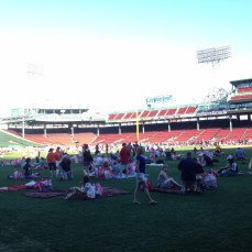 There were a lot of people laying on their blankets and chilling out. Super fun.
