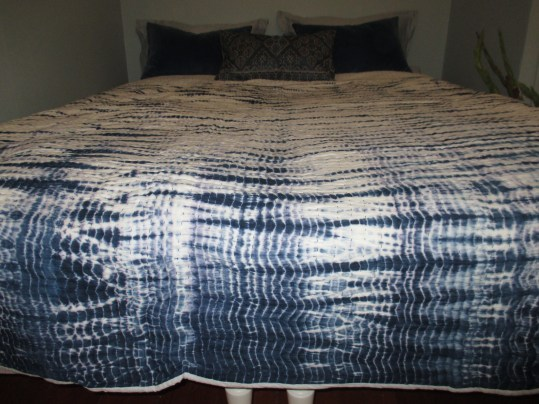 BEDSPREAD SHIBORI KANTHA-EMBROIDERED STRIPED BLUE