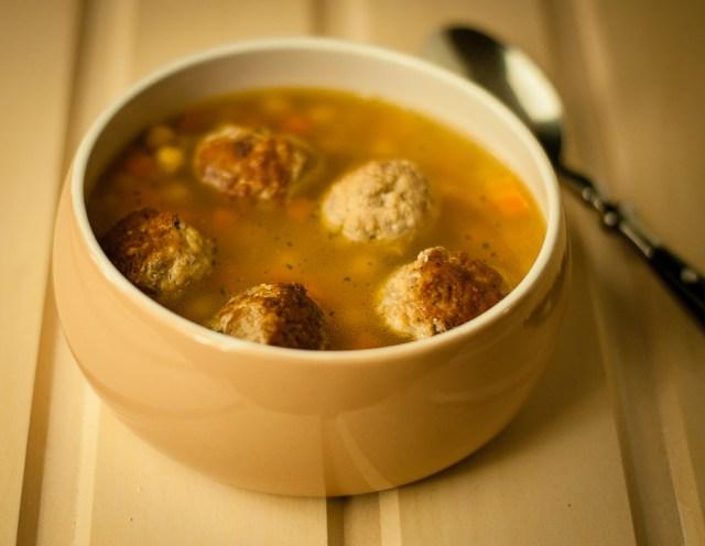 Medkirčių sriuba