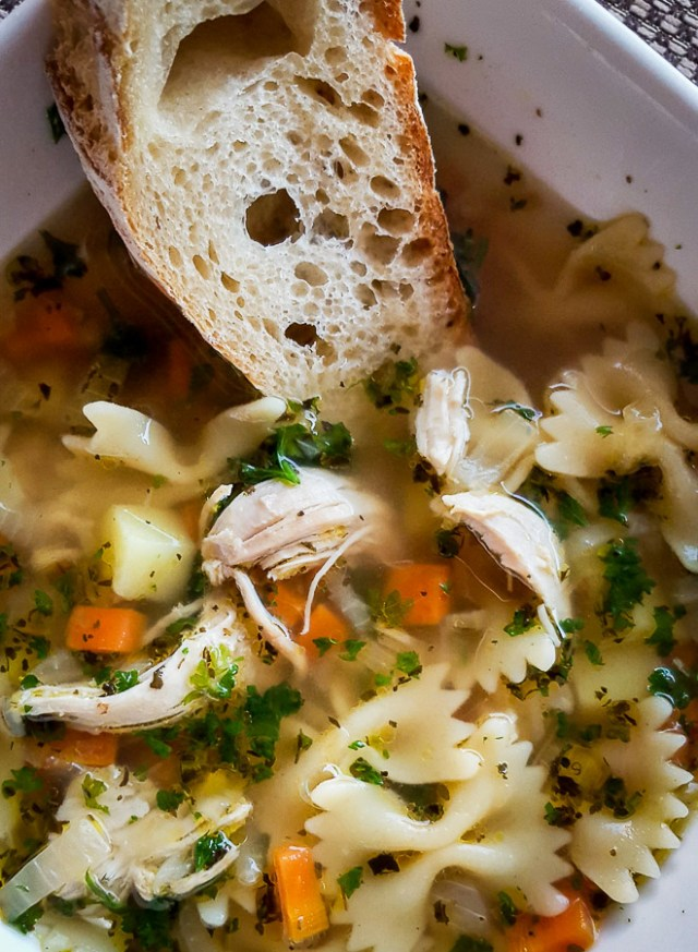 plėšytos vištienos sriuba
