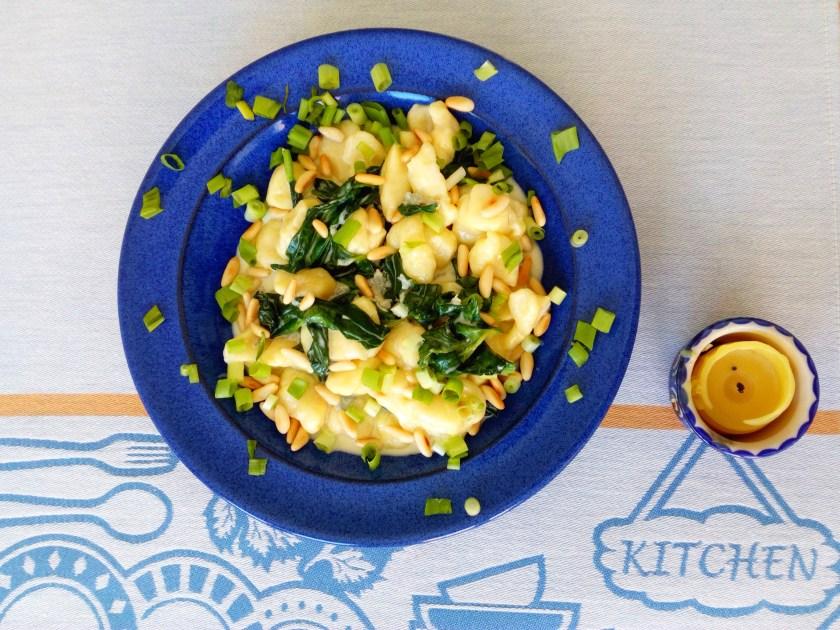 Potato Gnocchi with Spinach-Gorgonzola sauce Recipe