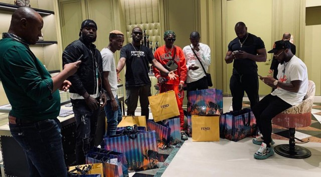 Wow! Davido took all 30BG squad to shopping in Dubai, shares photo and video