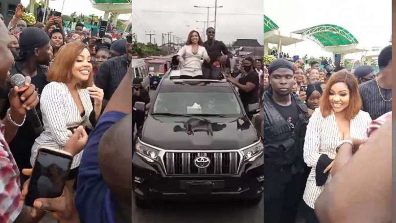 BBNaija star Nengi storms Bayelsa in grand style (video)