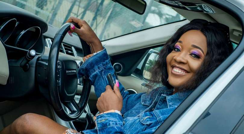 'If u want to trend, tell us. We will trend you' – Fan tells BBNaija's Lucy, she replies