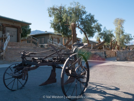 The grounds at Stovepipe Wells
