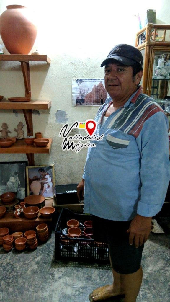Emilio Espadas Dzul, toda una tradición alfarera en Uayma
