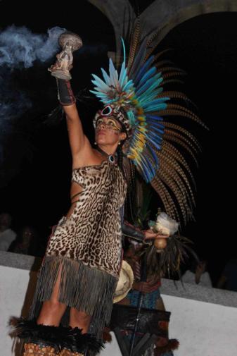 Danza azteca, P. Vallarta, Malecon 2