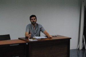 El autor en un momento de la presentación. /FOTO: Vanessa Agustín