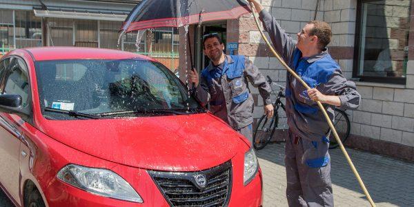 Trattamento anti pioggia e anti ghiaccio per la tua auto