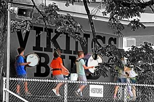 Vikings Band with effects
