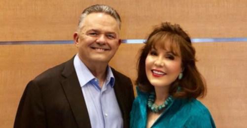 Robert and Janet Vackar
