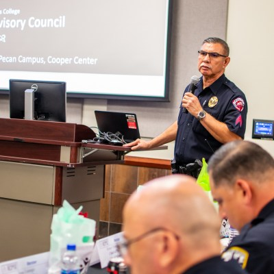 RCPSE interim Chief Administrator Sgt. Jose Moroles addresses law enforcement at STC's President's Advisory Council Committee luncheon Nov. 19. (photo STC)