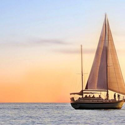 sailing independence teamwork