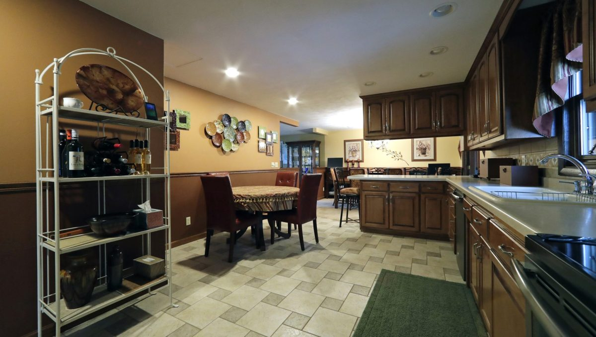 KitchenDiningArea3