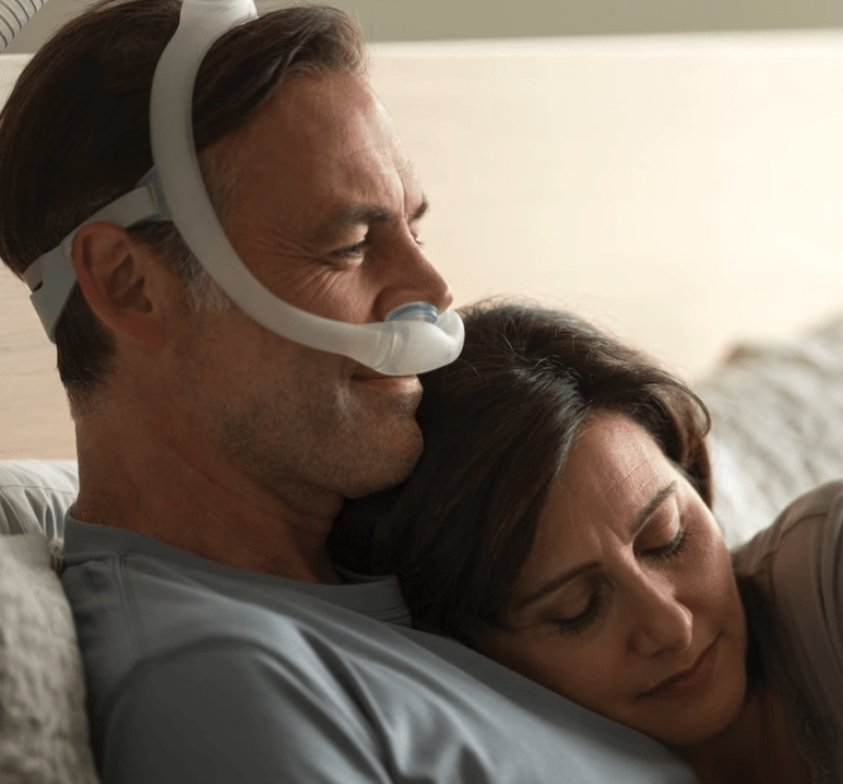 philips respironics dreamwear nasal pillow cpap mask with all pillow cushions and headgear