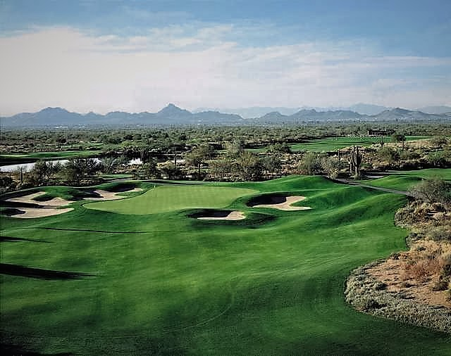 Wildfire Golf Club is amongst the top Phoenix golf courses, situated in the rugged Sonoran Desert of Northeast Phoenix, and features two picturesque 18-hole championship courses designed by two of golf's greatest legends--Arnold Palmer and Nick Faldo.