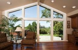 living-room-windows-backyard-view-yp-mg_5870