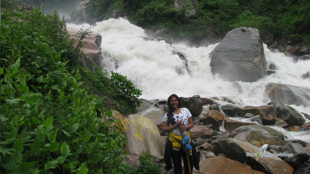 Beautiful river from Govindghat to Ghangaria trek