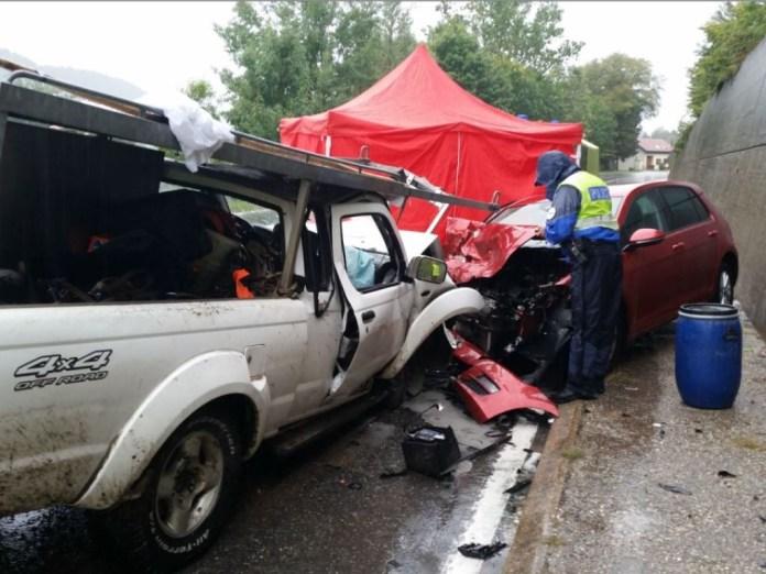 Un automobiliste se tue au Val-de-Travers