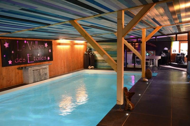 vacances en Ardèche : le plaisir de la baignade toute l'année