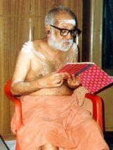 Swamigal reading Srimad Valmiki Ramayana