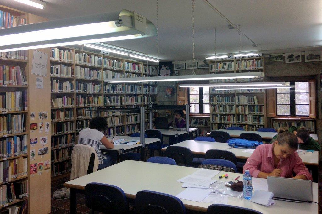 biblioteca-de-nigran-3