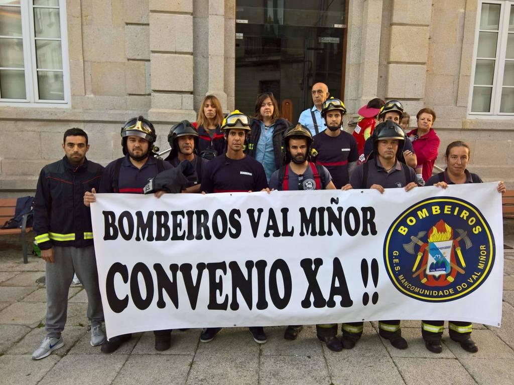 CONCENTRACIÓN DO GES VAL MIÑOR DIANTE DO CONCELLO DE GONDOMAR