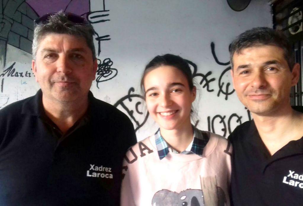 FRAN, LAURA E TINO CLUB DE XADREZ LAROCA