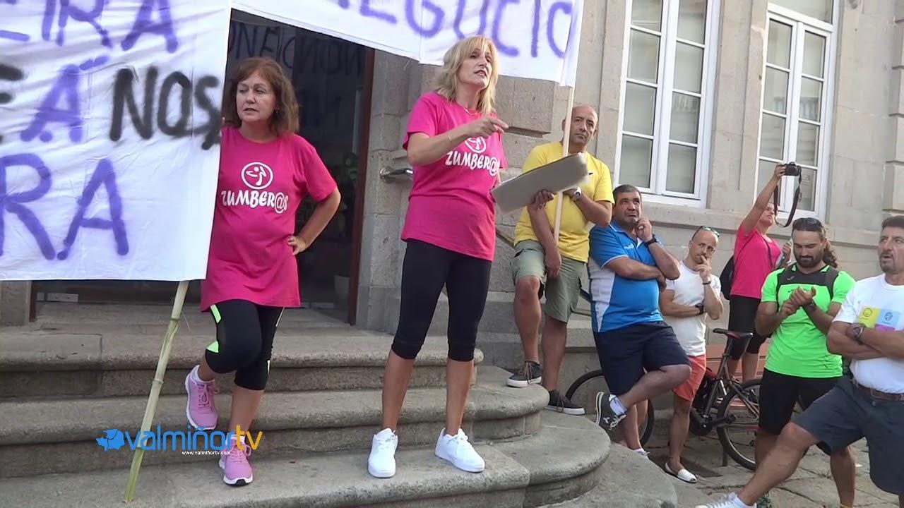 VALMIÑORTV – Concentración en Gondomar por las deficiencias en la Piscina Mancomunada (BQ)