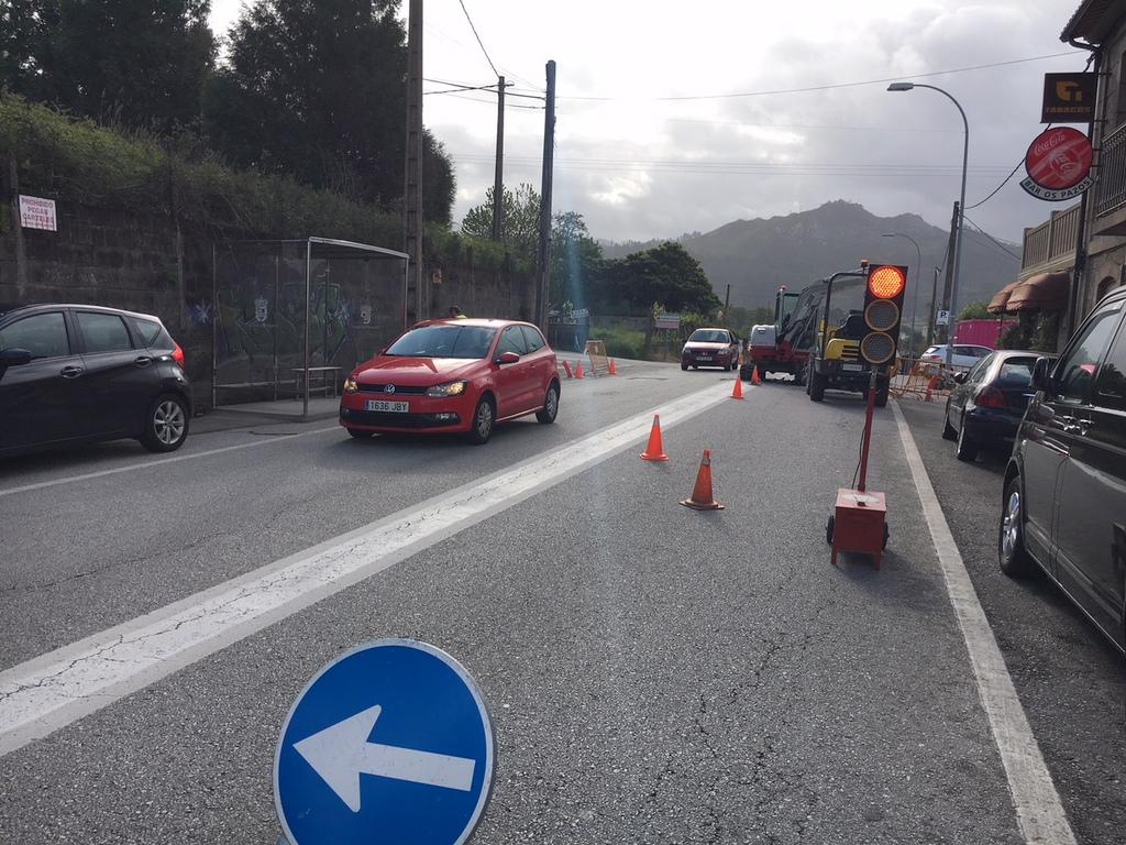 2019-4-28 – Obras_Semaforo_Tarela (2)