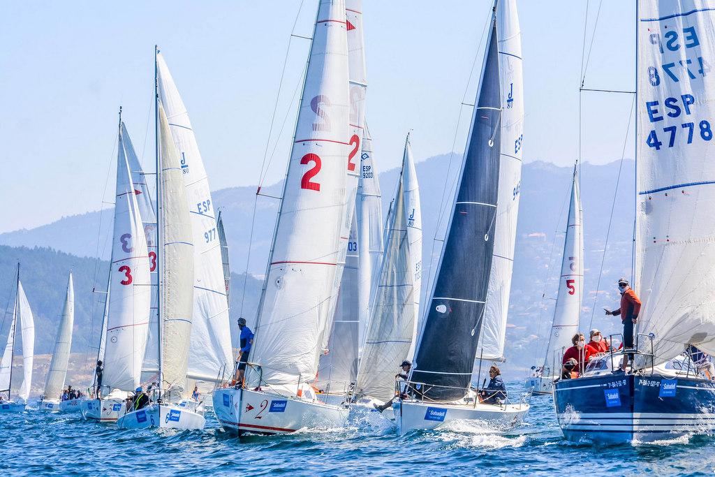 2020-07-25 – Salida de la segunda jornadad del 45 Conde de Gondomar – Trofeo Banco Sabadell – Foto José Ramón Louro