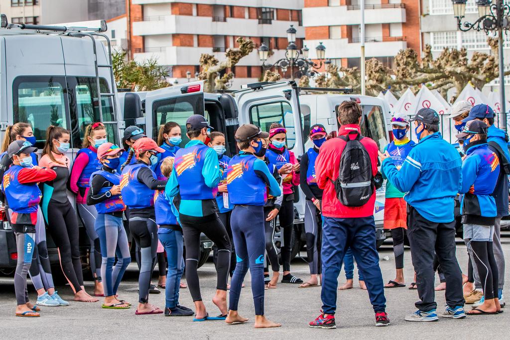 2021-04-02 – La Federación Balear reunida en Baiona – Foto © Rosana Calvo