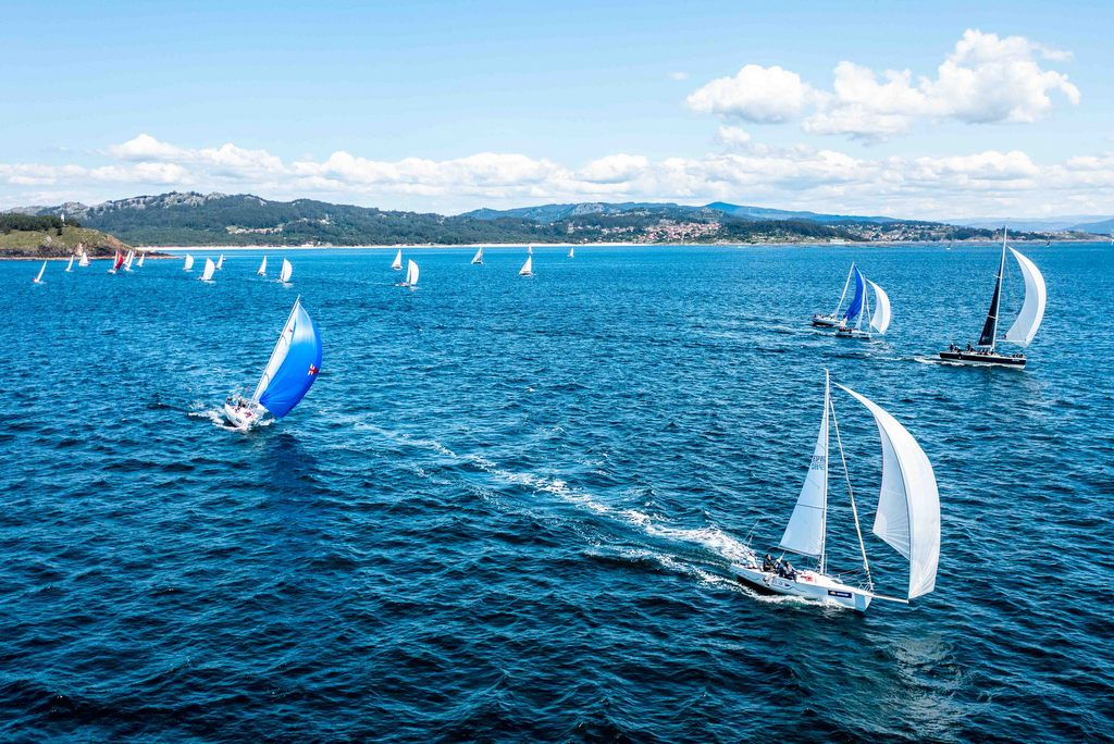 03-Vista aérea de parte de la flota del Trofeo Repsol – Foto Jacobo Bastos