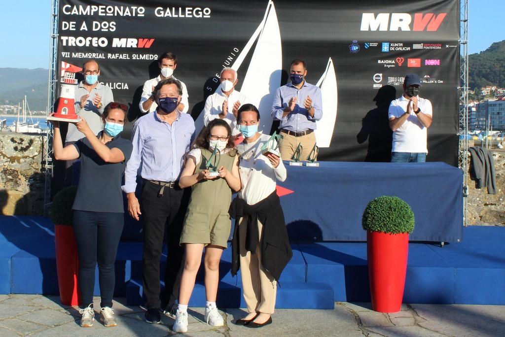 07-Marta Ramada y Dunia Reino – Campeonas Gallegas A Dos J80 Femeninas – Foto Leticia Acero