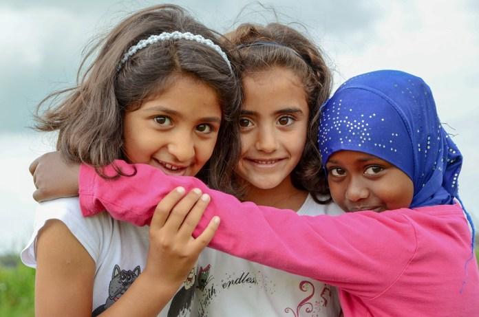 UNESCO y ACNUR piden que se incluya a los refugiados en la respuesta educativa post-COVID-19