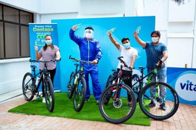 EMBOL entrega 22 bicicletas a primeros ganadores de Promo Vital.
