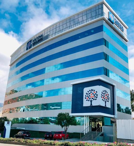 Nacional Seguros inaugura  moderno edificio de oficinas en la ciudad de La Paz.