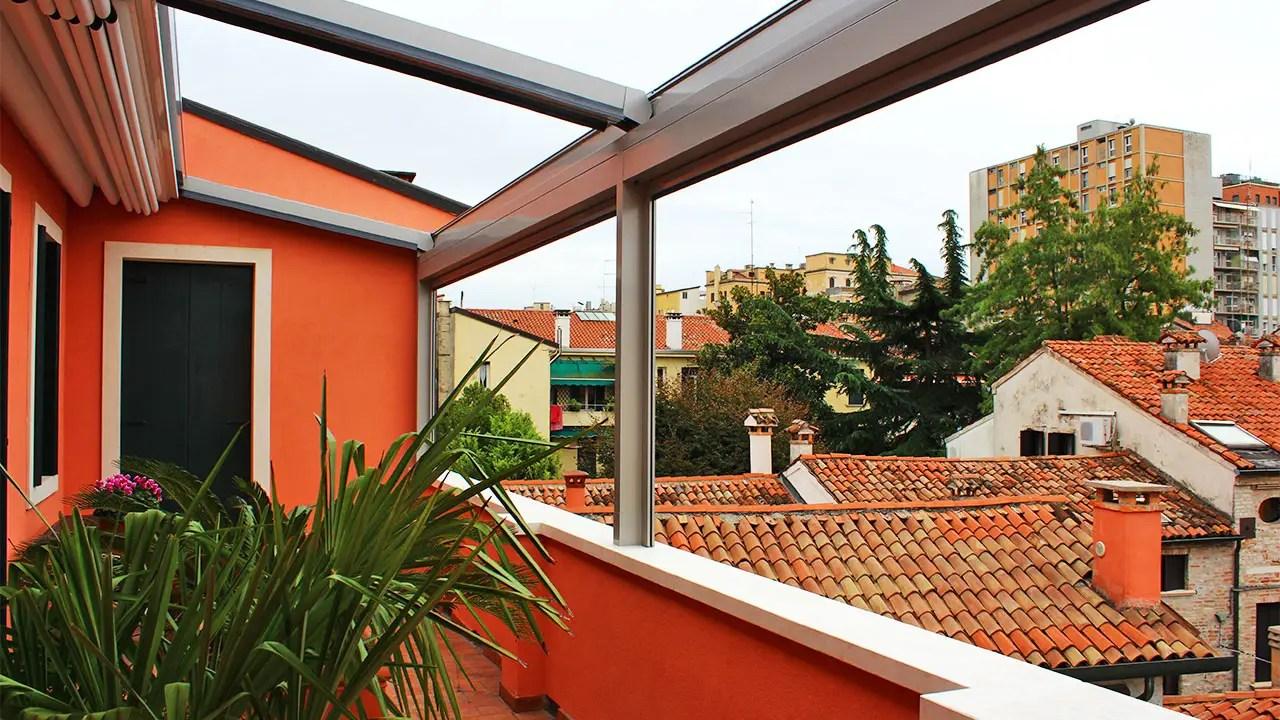 Installazione Pergola Alluminio Gibus in palazzo storico Padova
