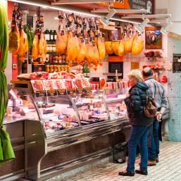La Bretxa underground markets