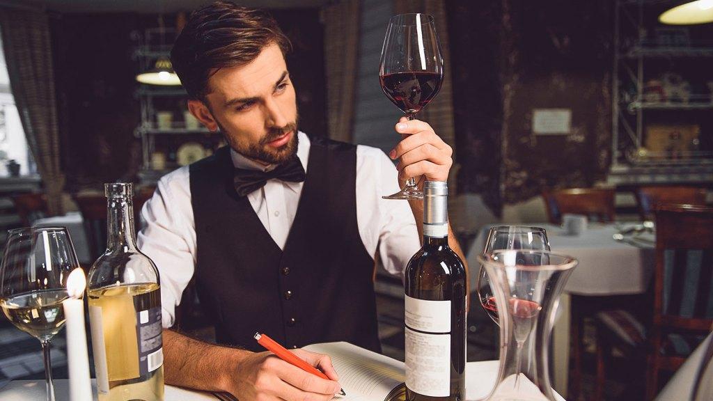 esperti sommelier per vendere vino in Cina