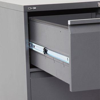 Super Heavy Duty Filing Cabinet Drawer Detail