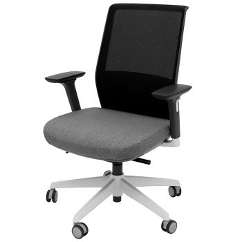 Boston Chair, Front Angle View