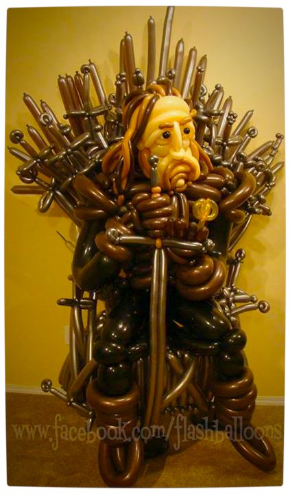 Vamers - Fandom - Game of Thrones - Iron Throne Made of Balloons by Flashballoons.
