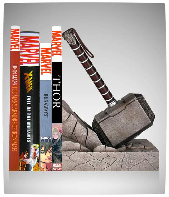 Vamers - SUATMM - Keeps Your Books Safe with this Gorgeous Thor Hammer Bookend - Keeping Books Safe