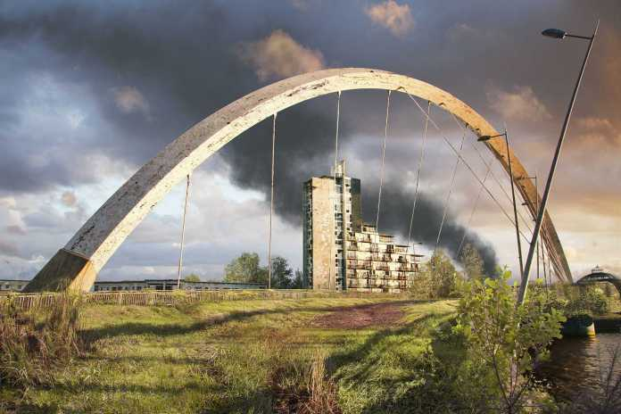 Vamers - Artistry - The World of The Last of Us- Envisioning a Post Apocalyptic Future - Clyde Arch Glasgow Apocalypse
