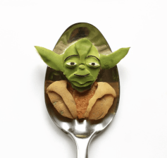 Vamers - FYI - Artistry - Food - Ioana Vanc - Geeky Edible Artwork Created on Spoons - Yoda