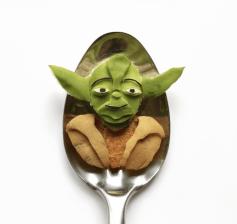 Vamers - FYI - Artistry - Food - Ioana Vanc - Geeky Edible Artwork Created on Spoons - Yoda