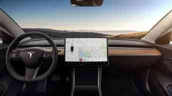Vamers - Lifestyle - Tesla Model 3 is the company's first entry-level, super affordable option - 01