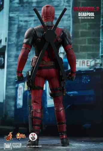 Vamers Store - Hot Toys - MMS490 - Deadpool 2 - Deadpool - 3