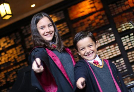 O universo de Harry Potter esperava você e seu filho!